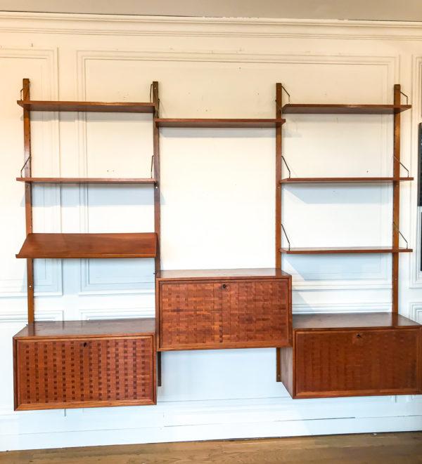 Bibliotheque suspendue Poul Cadovius